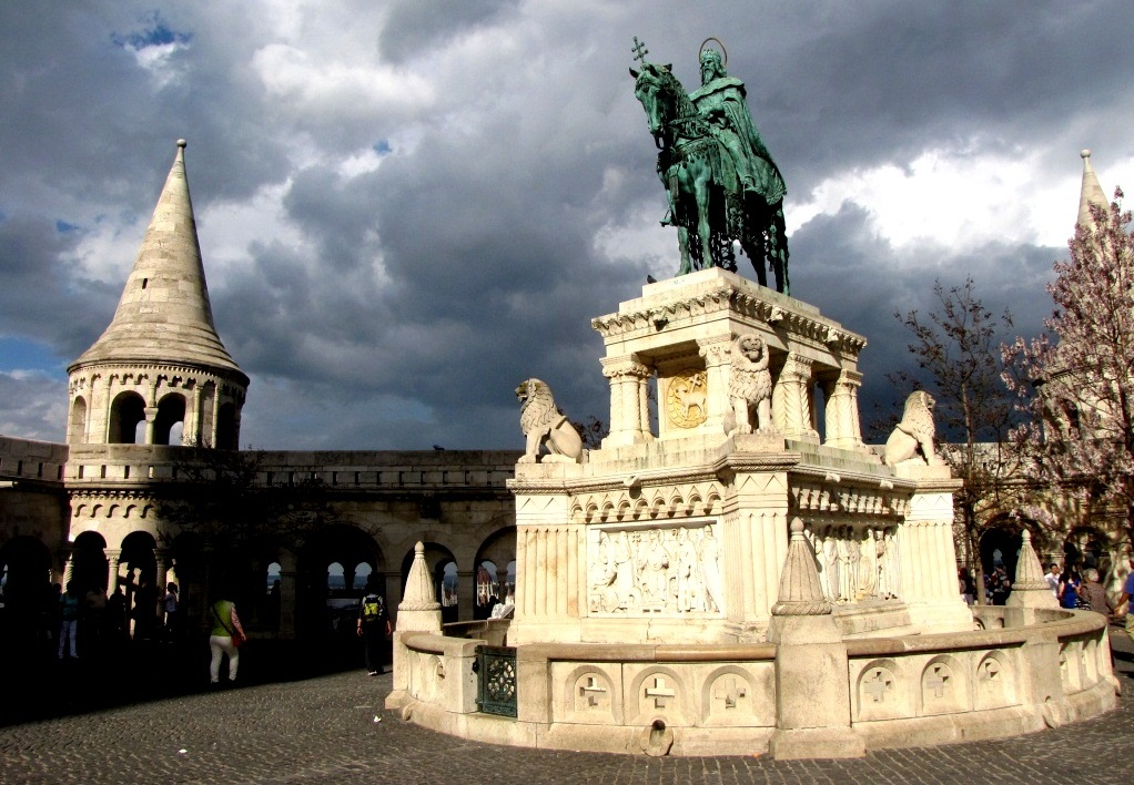 Будапешт. Памятник королю Иштвану.